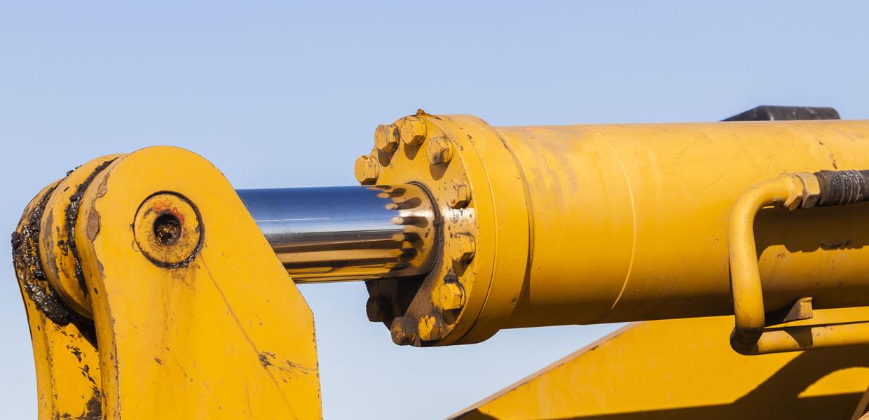 Big hydraulic ram piston rod